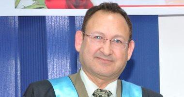 نائب رئيس مجلس الدولة يحاضر لقضاة البحرين عن حق الانتخاب