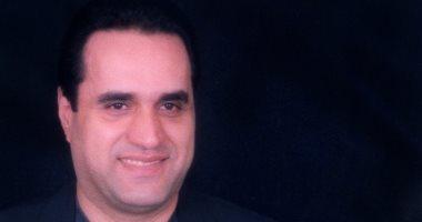 طارق فؤاد يسافر فرنسا للعلاج من مرض نادر بأحباله الصوتية 22 سبتمبر