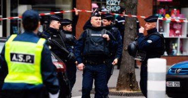 بالصور.. السلطات الفرنسية تتحرك لإخلاء مخيم للاجئين فى باريس