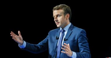 الرئيس الفرنسى يدعو إلى اجتماع دولى حول سوريا