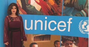 بالصور.. منى زكى تجمع تبرعات بدبى للأطفال ضحايا النزاعات فى المنطقة