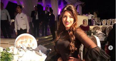هايدى موسى تحتفل بفوزها بجائزة الميما كأفضل مطربة صاعدة لعام 2017
