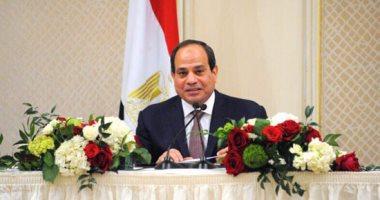 السيسى: شريف إسماعيل قادر على إدارة الحكومة بكفاءة رغم صعوبة العمل التنفيذى