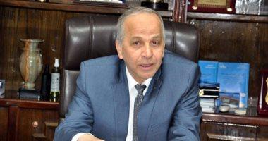 وزير الزراعة يخصص قطع أراضى لإقامة 6 مدارس بالقليوبية  -