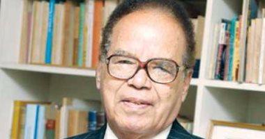 وفاة الدكتور الطاهر أحمد مكى  عن عمر يناهز الـ 93 عاما