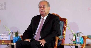 شريف إسماعيل يهنئ الرئيس السيسى بالذكرى الـ35 لعيد تحرير سيناء