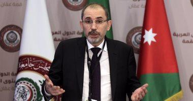 تويتر حل المشكلة..وزير خارجية الأردن يستجيب فورا لشكوى مواطن من تقصير وزارته