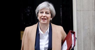 """صحيفة بريطانية: ماى تقطع عطلة """"الوزراء"""" لوضع خطط البريكست دون اتفاق"""