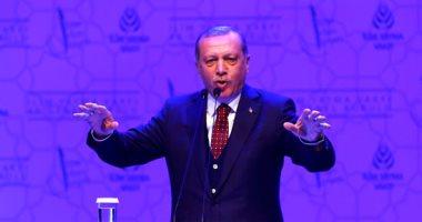 """فيديو.. محسوبية وتقديم لـ""""أهل الثقة"""".. تعرف على حكومة أردوغان الجديدة"""