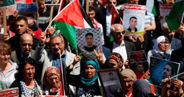 """""""إسناد الأسرى"""" الفلسطنيين: إضراب شامل يوم الاثنين بالأراضى المحتلة"""