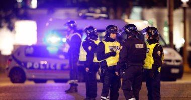 الشرطة الفرنسية: منفذ هجوم الشانزليزيه يدعى ألكسندر ويبلغ من عمره 51 عاما