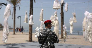 بالصور.. فساتين زفاف على كورنيش بيروت احتجاجا على إعفاء المغتصب من العقوبة