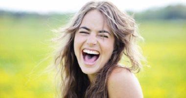 اوعى تكشر.. 10 فوائد للضحك والابتسامة