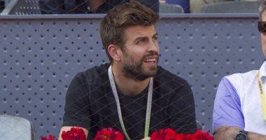 صراع بيكيه وجماهير ريال مدريد يتجدد فى مباراة تنس