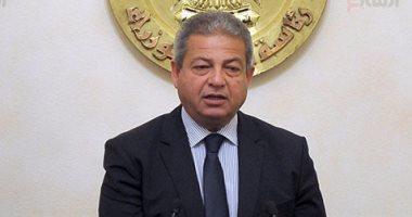 بالصور.. وزير الشباب ينشر صورتين لاستقبال أبطال مصر العائدين من أذربيجان