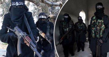 """بالفيديو.. مخابئ """"داعش"""" وسط الصحراء السورية وعرباتهم التى يستخدمونها"""