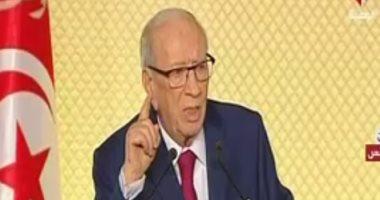 الرئيس التونسى يحيل قرار إعفاء رئيس البنك المركزى إلى البرلمان