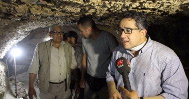 بالفيديو.. وزير الآثار: اكتشاف أول مقبرة فى تاريخ مصر الوسطى تضم 18 مومياء بالمنيا