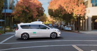 Lyft تتعاون مع Waymo لتطوير تقنيات السيارات ذاتية القيادة