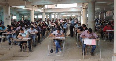 رئيس جامعة المنصورة: 73 حالة غش بامتحانات الكليات.. و 214 لجنة خاصة