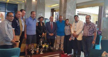 بالصور.. وزير السياحة يصل شرم الشيخ لافتتاح أضخم مدينة ألعاب مائية