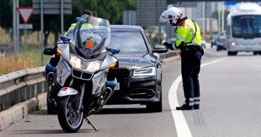 الشرطة الإسبانية تعاقب بيكيه قبل مباراة برشلونة الأخيرة بالدوري