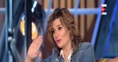 """شيماء سيف لزوجة الفنان أحمد زاهر بـ""""ON E"""": """"بقيتى مزة ووتكة"""""""