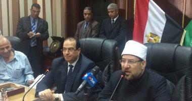 وزير الأوقاف: تشغيل مكبرات المساجد للضرورة.. ونحرص على راحة المرضى والطلبة