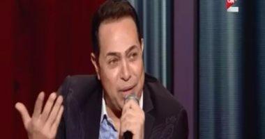 """حكيم: 15 % فقط من المطربين لديهم """"قبول"""".. وأفضّل محمد فؤاد وعمرو دياب"""