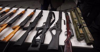 بالصور.. شرطة لوس أنجلوس تشترى الأسلحة من المواطنين بهدف مكافحة الجريمة