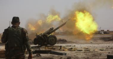 """الحشد الشعبى يحبط هجومًا واسعًا لـ""""داعش"""" على الحدود العراقية السورية"""