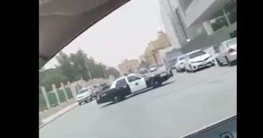 شرطة مكة تعتقل 3 أشخاص أطلقوا النار على جهاز آلى للرصد بطريق عام