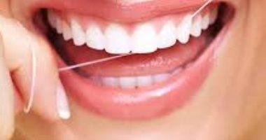 تجنب الخيط الطبى للأسنان فور ظهور تلك الأعراض