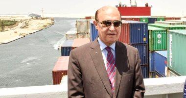مهاب مميش: عبور 411 سفينة قناة السويس بحمولة 28.3 طن خلال 9 أيام -