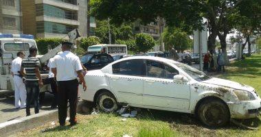 مصرع شخص وابنته وإصابة زوجته بسبب انقلاب سيارة بطريق الإسماعيلية الصحراوى