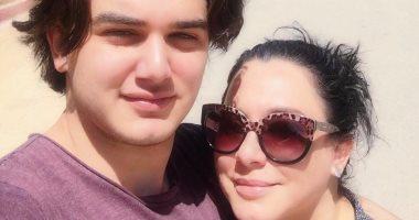 سولاف فواخرجى تنشر صورة برفقة ابنها: الراحة والسكن