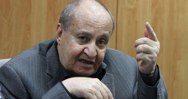 الكاتب وحيد حامد