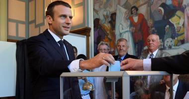 انتخابات فرنسا تمنح النساء 233 مقعدًا بالبرلمان مقابل 155 بالمجلس السابق