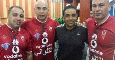 تعرف على كواليس ارتداء حسام حسن قميص الأهلى فى السلام