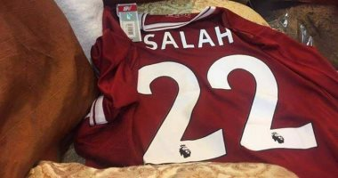 تداول قميص محمد صلاح فى ليفربول يحمل رقم 22