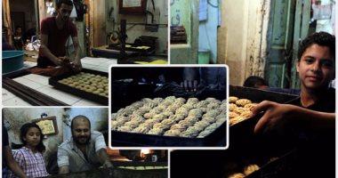 """""""يا كحك العيد.. يا بسكويت"""".. فرحة المصريين باستقبال العيد حول الأفران الشعبية"""