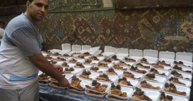 """بالصور.. إفطار جماعى لأهالى """"الكيت كات"""".. تحت شعار """"ربنا ما يقطعها عادة"""""""