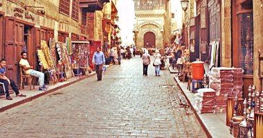 وزارة الآثار توضح حقيقة رصف شارع المعز بالأسفلت