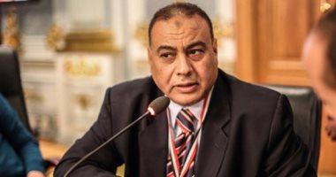 نائب كوم أمبو يطالب بالتحقيق فى تأخر قطار القاهرة / أسوان أكثر من 11 ساعة