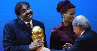 """تقرير: حياة عمال منشآت كأس العالم فى قطر """"جحيم"""""""