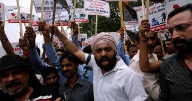 بالصور.. احتجاجات فى الهند ضد ضريبة السلع والخدمات على المنسوجات