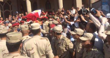 الآلاف بالدقهلية يشيعون جثمان شهيد القوات المسلحة