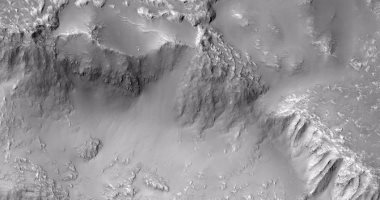 ناسا تنشر صورة جديدة تكشف وجود بقايا حمم بركانية على المريخ