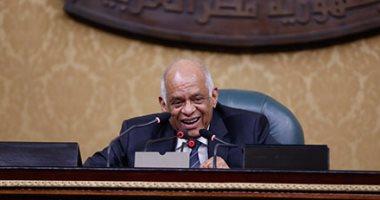 """""""عبد العال"""" من المنصة لمدرجات الجامعة.. رئيس البرلمان يشرف على دكتوراة"""