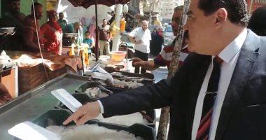 بالصور ..مدير أمن الدقهلية يقود حملة تموينية للرقابة على الأسواق